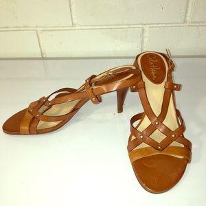 Cole han 7AA narrow brown sandals w/ heel